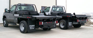 2 dually trucks with Krogmann balebed